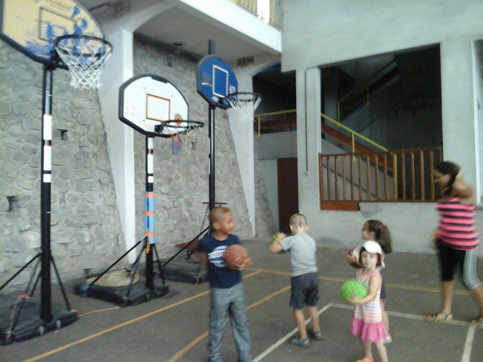 Coloriage Gymnase Ecole.Boissezon Site De La Commune